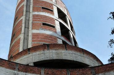 Edifício Abandonado – Rua Dr. Rodrigo e Silva