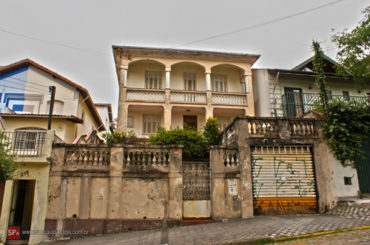 Casarão – Rua Antonio Guganis, 221