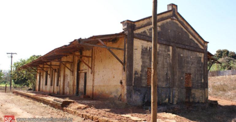 Estação de Ataliba Leonel