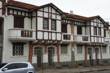 Sobrados – Rua Theodoreto Souto, 198 a 210