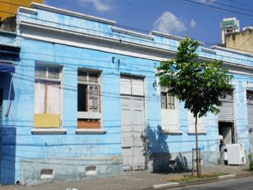 Casa e Armazém antigos – Rua do Glicério, 835