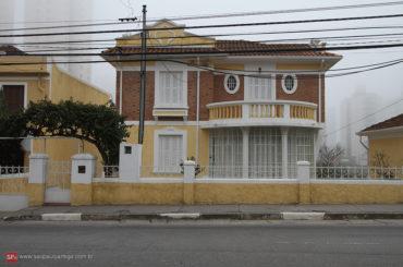 Casas – Avenida Água Fria 17 a 47