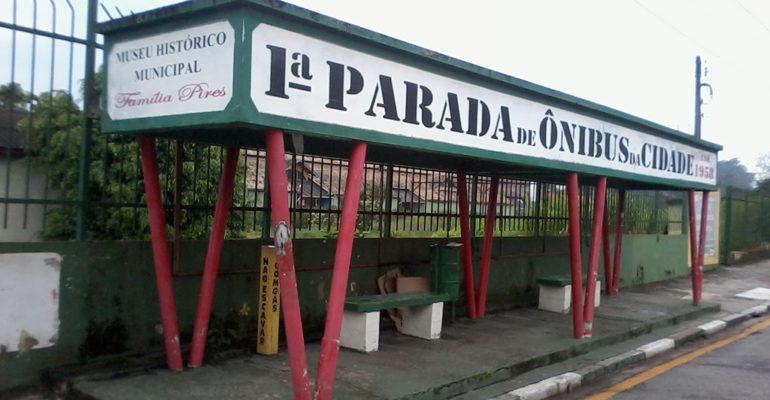 O ponto de ônibus mais antigo de Ribeirão Pires