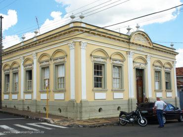 Casarão – Avenida Guerino Osvaldo, 296