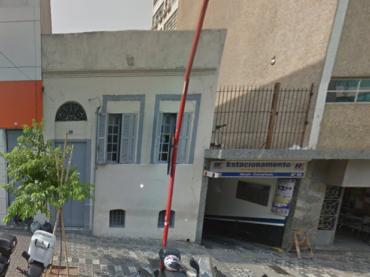 Casa Demolida – Rua Thomaz Gonzaga, 87