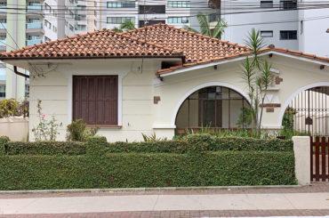 Casa – Rua Pedro de Toledo