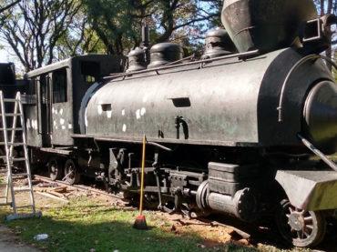 """Prefeitura de Guarulhos inicia reforma da locomotiva """"Dona Joaninha"""""""