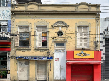 Casa – Rua Bresser 1622